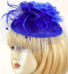 sophistiquez votre tenue avec le bibi bleu de chez acces-soirs.com